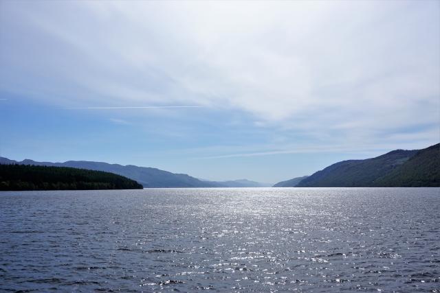 ネッシーの住処ネス湖